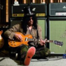 Slash @ Neil Zlozower (1)