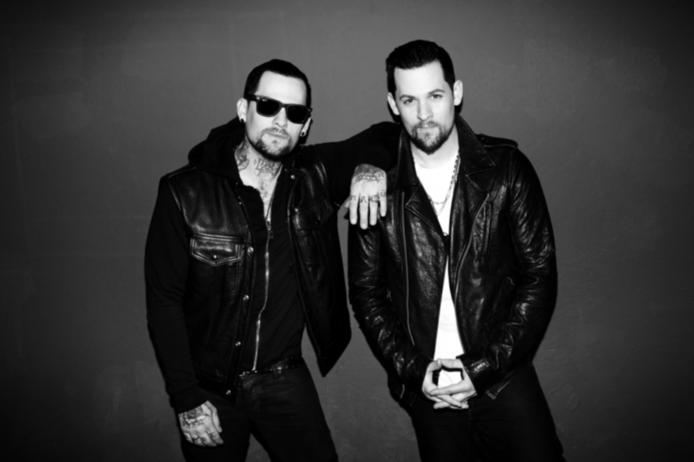 Madden_Brothers_Backstage_Photo