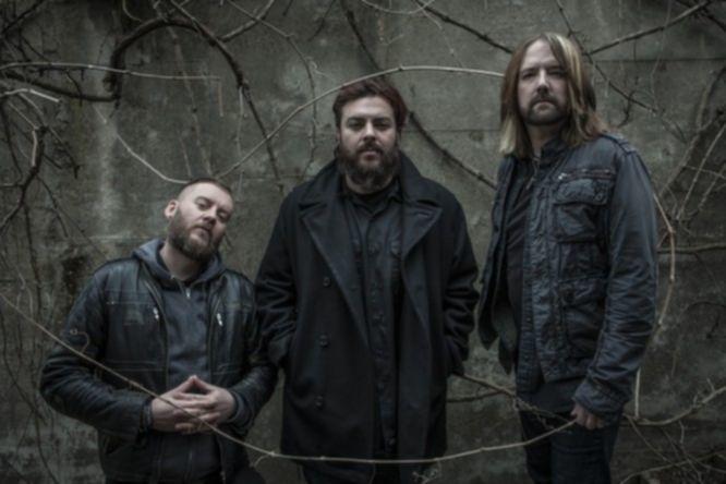 News: Seether rocken im Video zur Single ›Same Damn Life‹ das Altenheim
