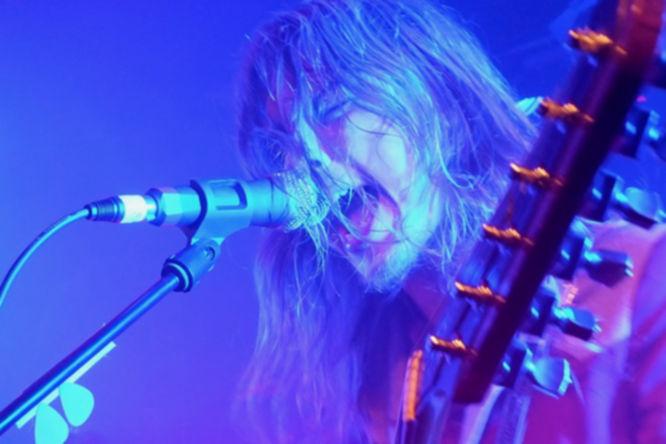 DeWollf überzeugten auf der Bühne mit hochkarätigem Retro Rock.