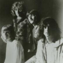 Led_Zeppelin_Led_Zeppelin_1969_bw3