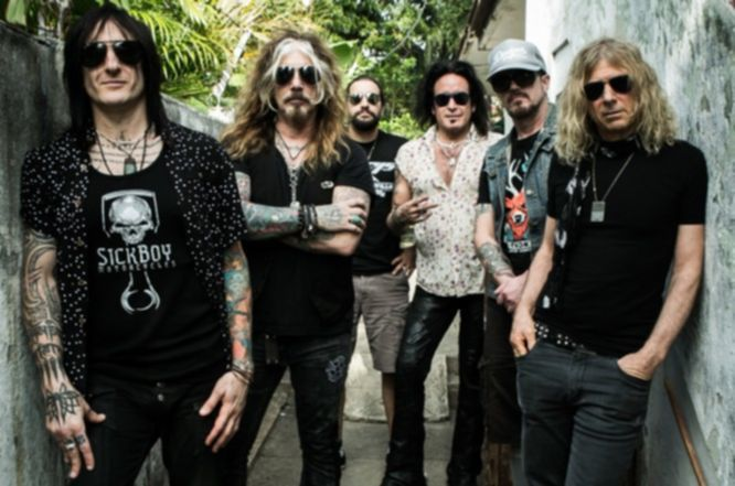TheDeadDaisies-2015-Color