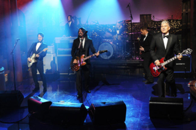 last-late-show-with-david-letterman-03-foo-fighters-may-20-1015-billboard-650