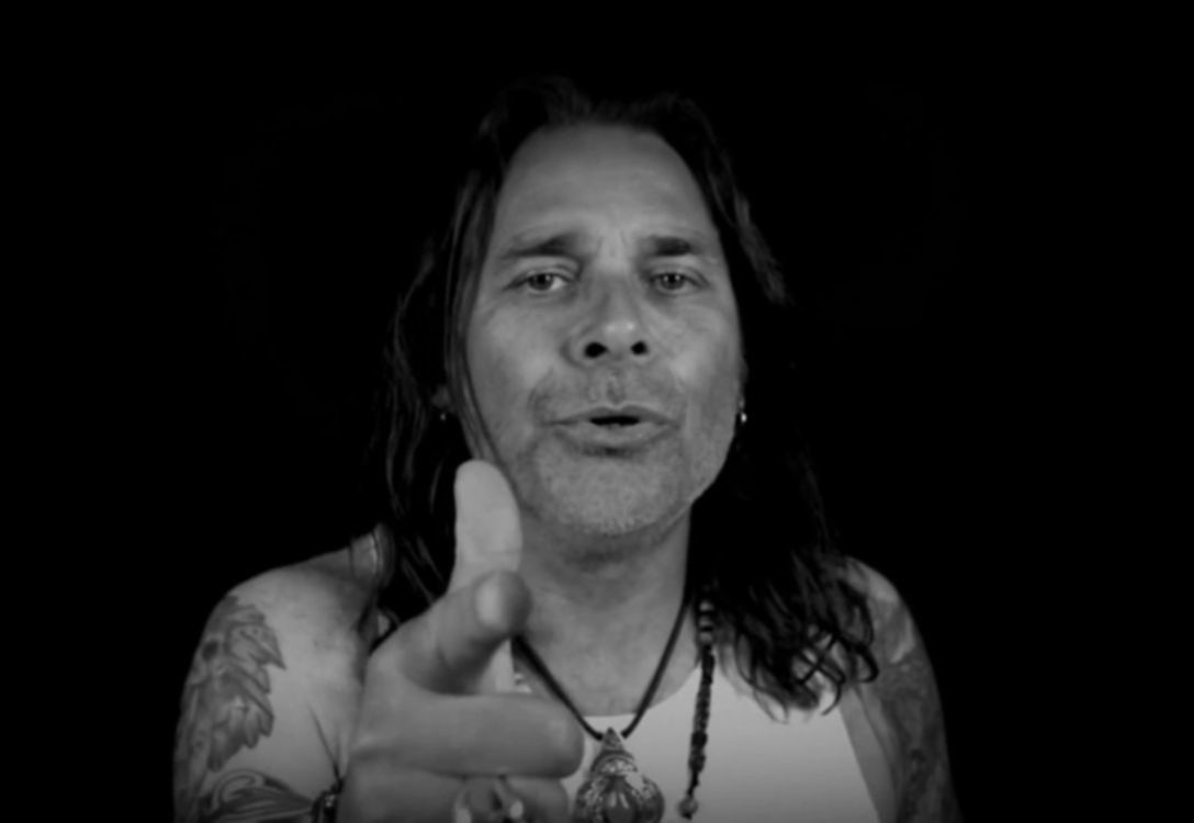 Mike Tramp video