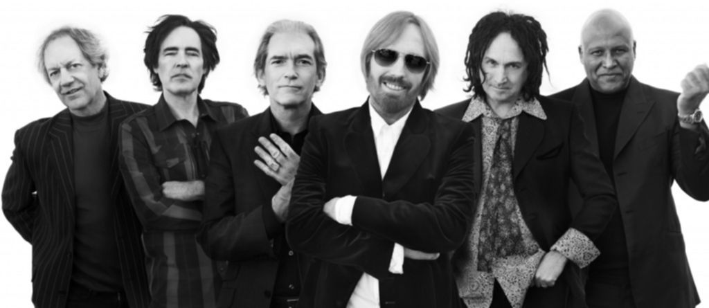 Tom_Petty__THE_HEARTBREAKERS_Press_Picture_2010