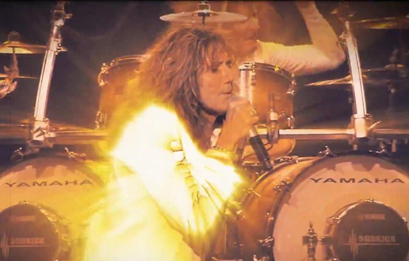 Whitesnake video still 2015