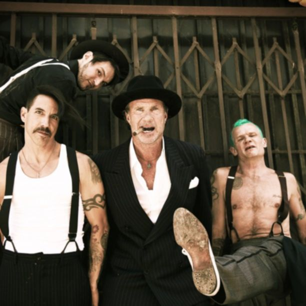 Red_Hot_Chili_Peppers_New_Press_Picture_2
