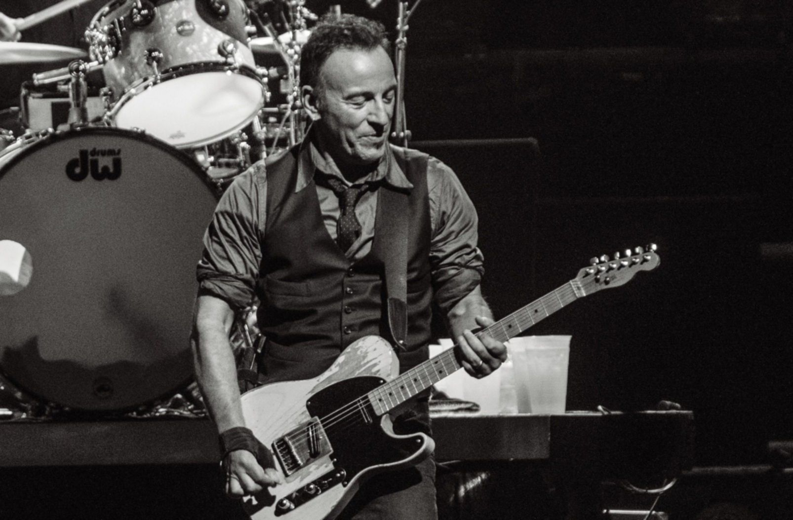 bruce springsteen live press blackwhite