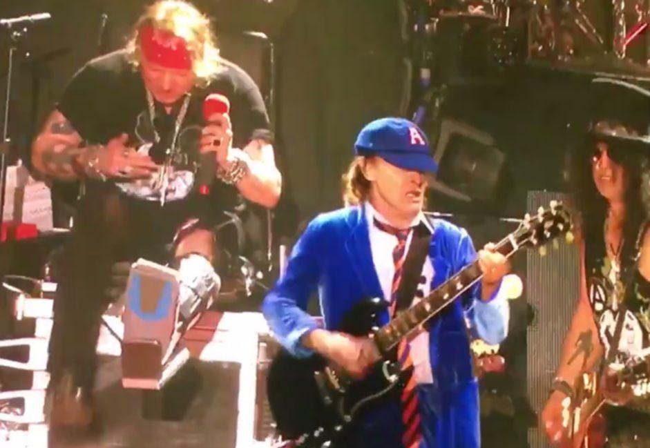 Guns N Roses Angus Young