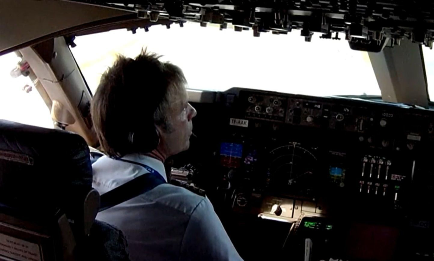 iron maiden bruce dickinson video still cockpit