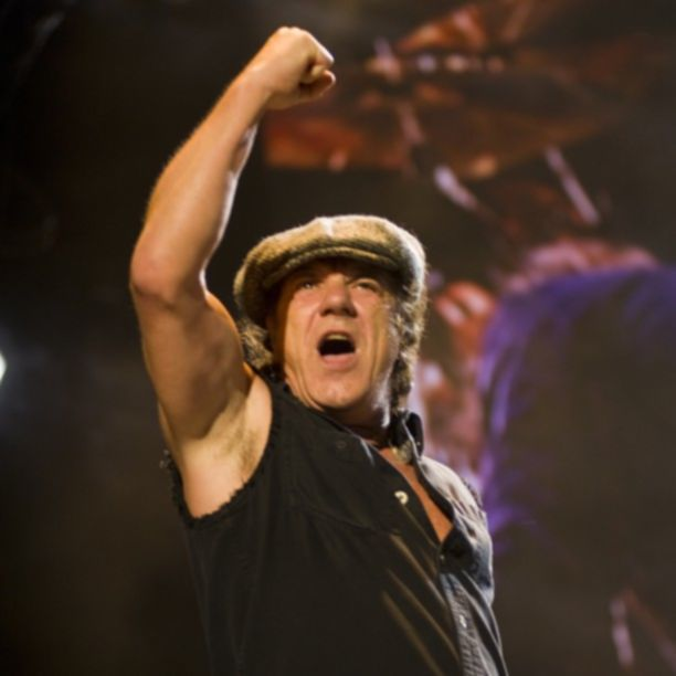 Brian Johnson (ACDC) Live At River Plate @ C. Taylor Crothers
