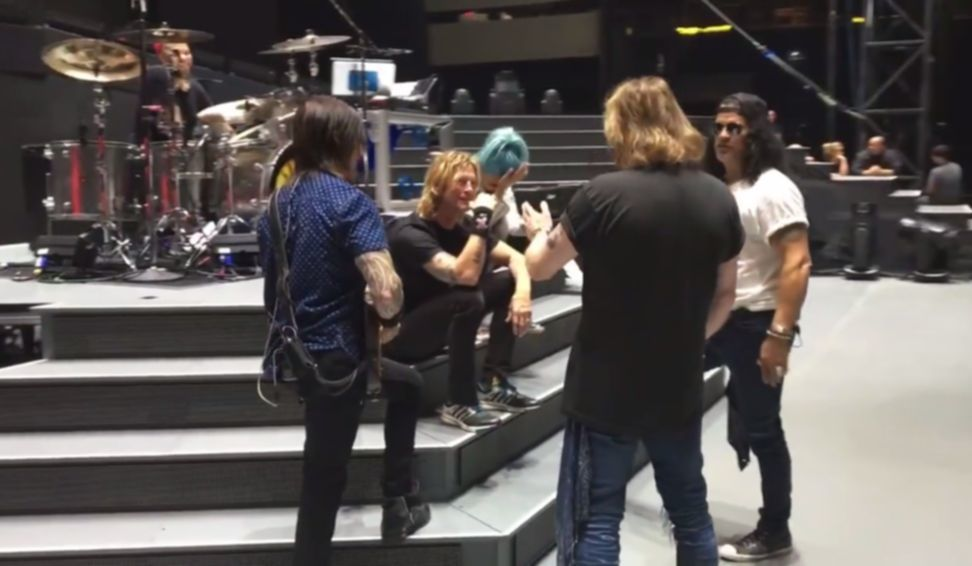 guns n roses soundcheck