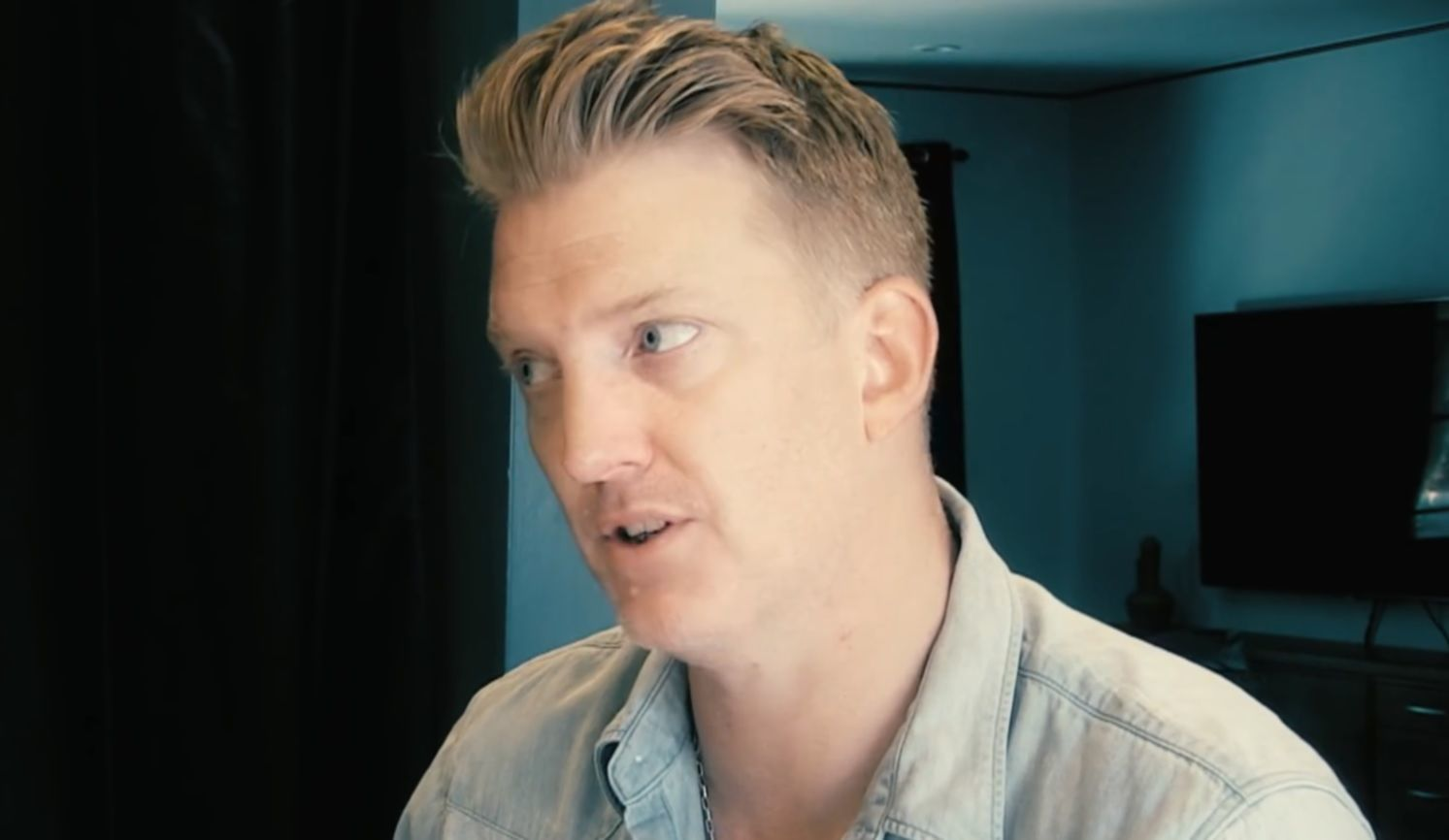 josh homme video still zipper down