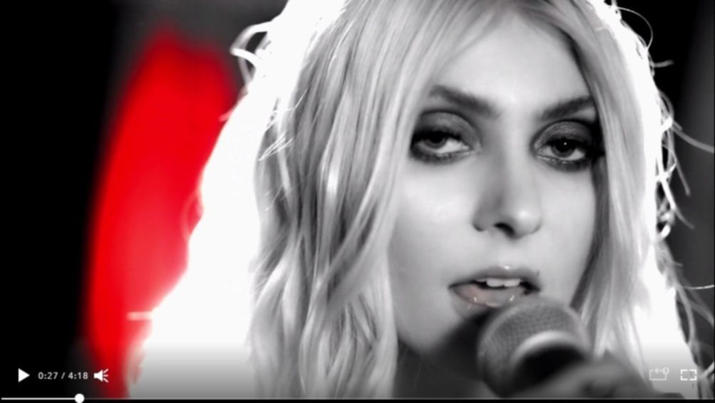 the-pretty-reckless-take-me-down3
