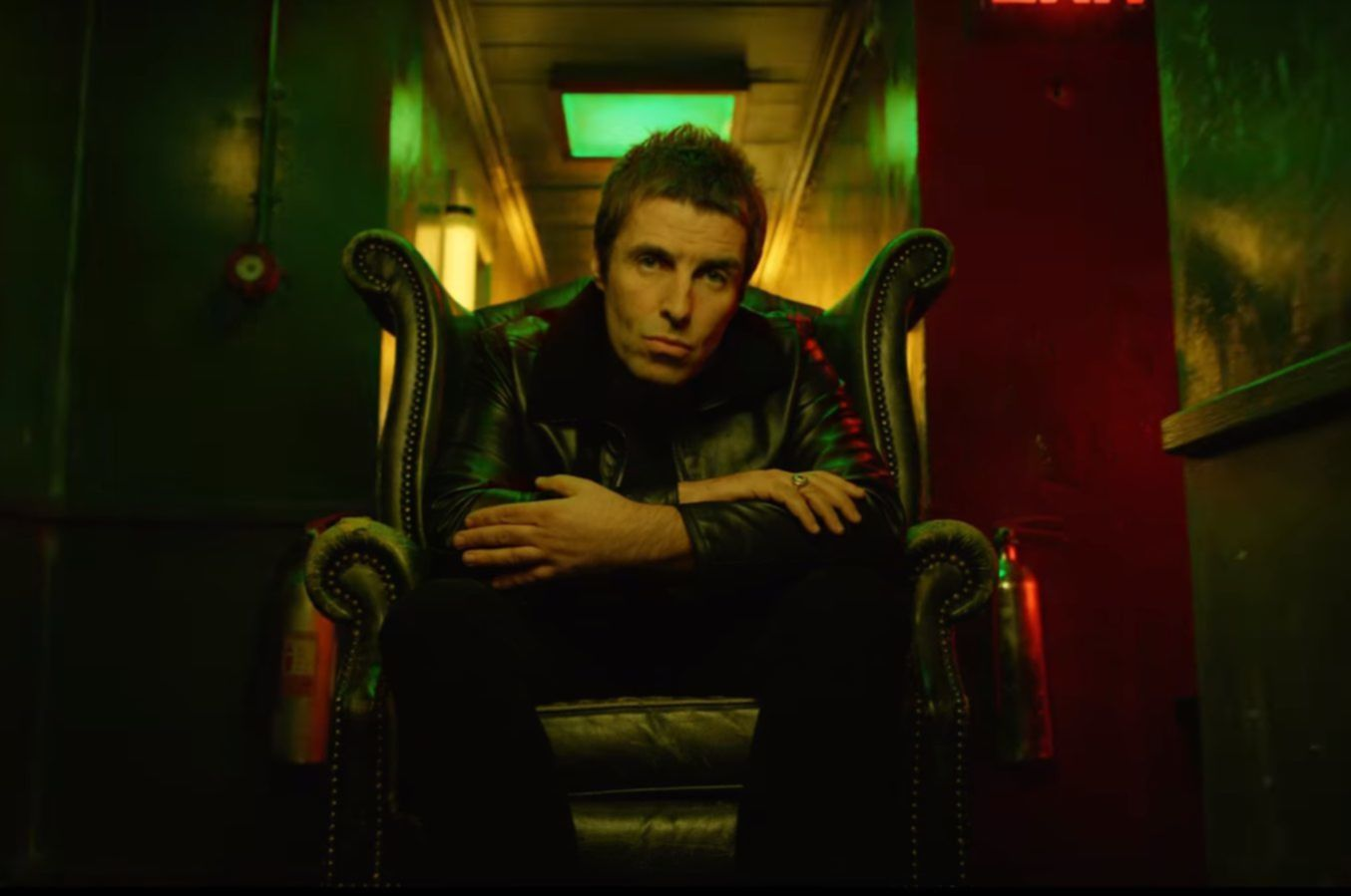 liam gallagher video