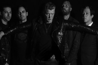 queens of the stone age press