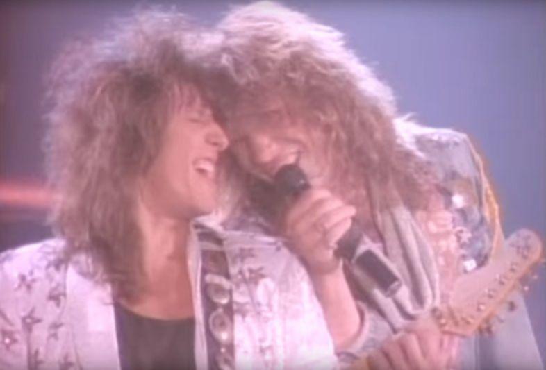 In ihrem Video ›You Give Love a Bad Name‹ von 1986 sind Richie Sambora und Jon Bon Jovi noch glücklich vereint.