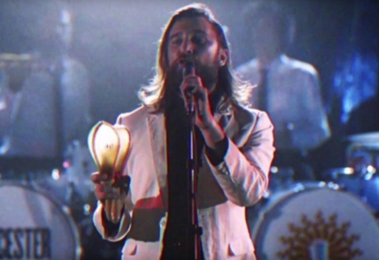Nic Cester, bekannt durch die Band Jet, veröffentlicht ein Video zum Song ›Eyes On The Horizon‹