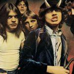 AC/DC auf dem Cover von HIGHWAY TO HELL
