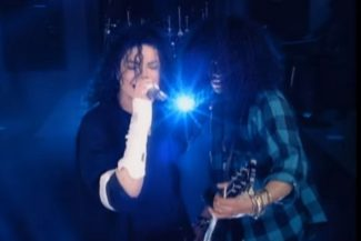 Michael Jackson und Slash in Give In To Me