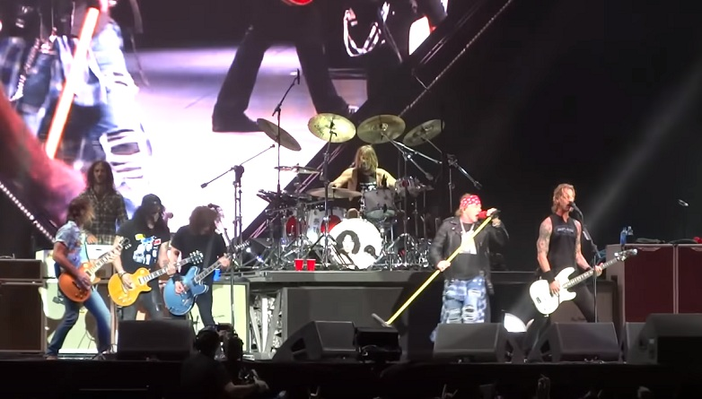 Foo Fighters und Guns N' Roses mit It's So Easy Firenze Rocks