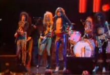 The New York Dolls live