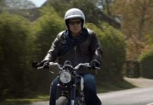 Mark Knopfler auf Motorrad im Video zu Good On You Son