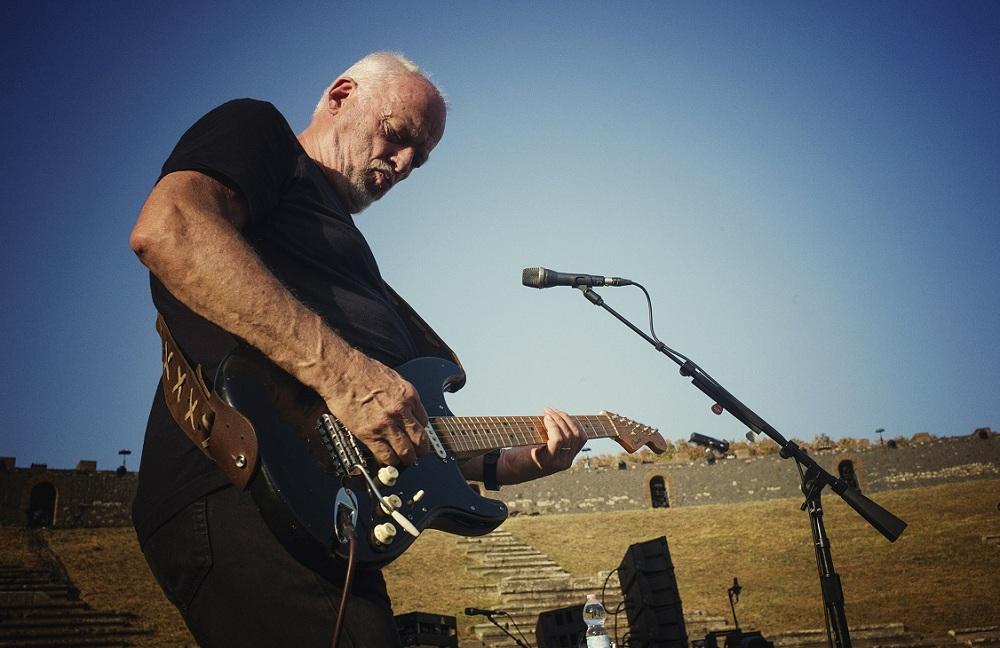 David Gilmour mit Gitarre