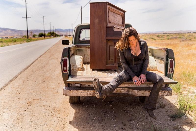 Beth Hart-2019-Credit-Greg Watermann.press